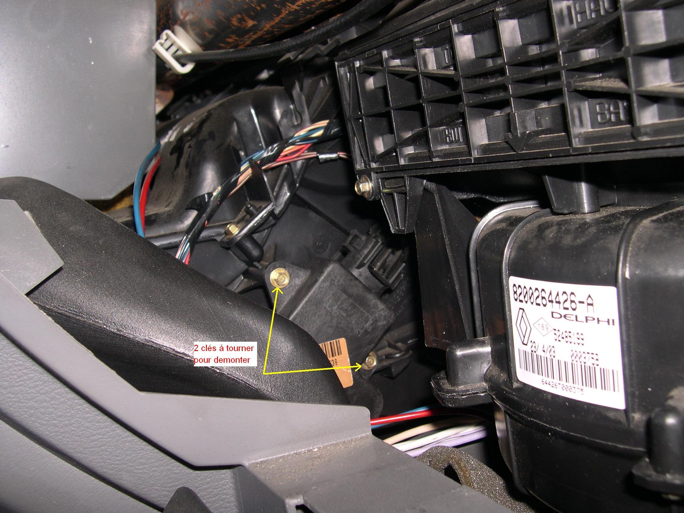 laguna ii panne climatisation auto cot conducteur p0 plan te renault. Black Bedroom Furniture Sets. Home Design Ideas