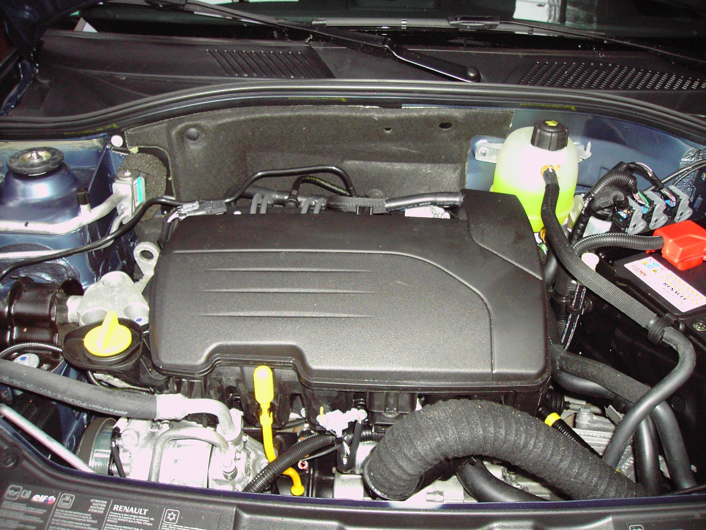 clio ii campus  bruits moteur sur   essence