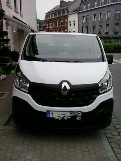 Nouveau Trafic Renault X82 | Autos Post
