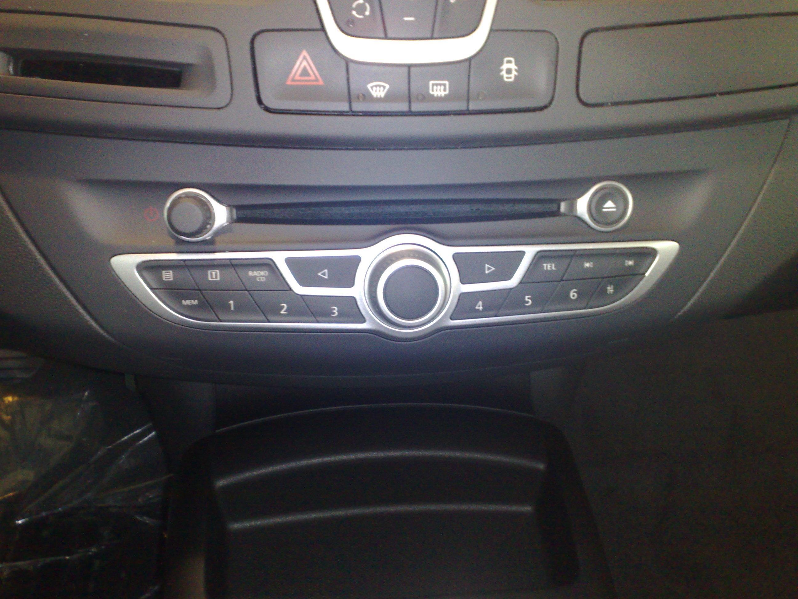 [Frederic69] Laguna III.2 Estate GT 4Control 130 Big-autoradio