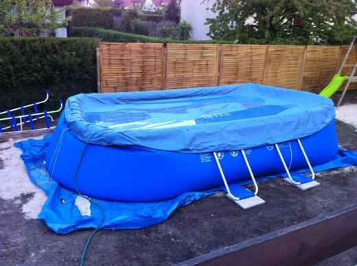 Traitement eau piscine hors sol intex for Entretien piscine intex